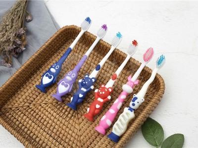 儿童一次性牙刷