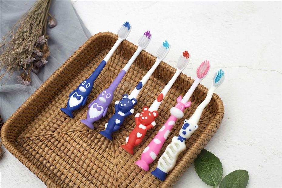 一次性儿童牙刷产品展示